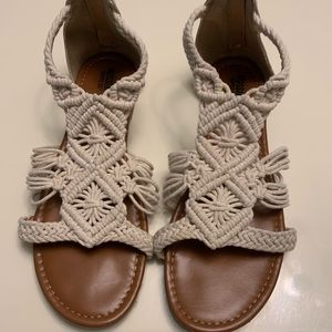 Braided woven sandals